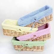 Resultado de imagen para cestas de palha decoradas Baby Baskets, Rope Basket, Sewing Baskets, Basket Weaving, Wicker Baskets, Diy Storage Boxes, Fabric Storage, Home Crafts, Diy And Crafts