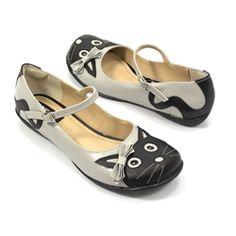 Sapatilha Kitty - ZPZ SHOES Zpz Shoes, Me Too Shoes, Shoe Boots, Baby Shoes, Fashion Shoes, Fashion Accessories, Lolita Shoes, Kids Sandals, Pretty Shoes