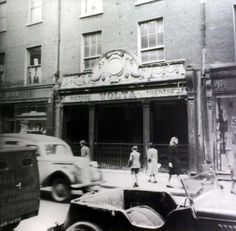 Dublin used to have 56 different cinemas. Here are some of the lost ones. Old Pictures, Old Photos, Photo Engraving, Dublin City, Trieste, Ireland, The Past, Cinema, Street View