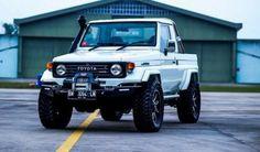 Gotta av one Land Cruiser Pick Up, Land Cruiser Models, Land Cruiser 70 Series, Toyota Lc, Toyota Fj40, Toyota Pickup 4x4, Jeep 4x4, Toyota Cruiser, Fj Cruiser