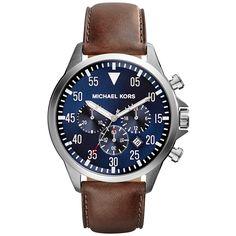 Los relojes con la correa de cuero marrón son muy elegantes. Este es de Michael Kors. Un reloj con personalidad y estilo.  #reloj #estilo #Michael #Kors #moda #hombre