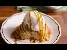 Crustless Apple Pies Are The Most Genius Way To Save Calories Crustless Apple Pie Recipe, Apple Recipes, Sweet Recipes, Healthy Desserts, Just Desserts, Apple Deserts, Vegetarian Bake, Gluten Free Treats, Seasonal Food