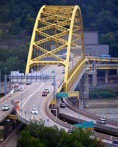 Fort Pitt Bridge (Interstate 376 crossing the Monongahela River in Pittsburgh, Pennsylvania )
