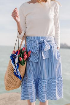 No matter what you're up to, if you have a preppy style, this post is for you! We're sharing a ton of ideas for preppy Easter outfits. You can wear these on actual easter or wear them during the weekend. Striped Skirt Outfit, Gingham Skirt, Stripe Skirt, Striped Maxi, Chambray Skirt, Spring Summer Fashion, Spring Outfits, Spring Style, Winter Fashion