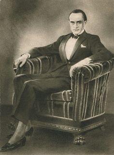 Conrad Veidt in chair