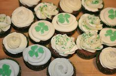 Patrick's Day everyone! Mint Chocolate Cupcakes, St Patricks Day, Thursday, Sew, My Favorite Things, Desserts, Food, Tailgate Desserts, Deserts