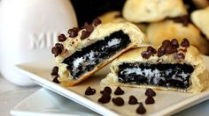 Cookie Stuffed Crescents -Ingredients: 1 can oz) Pillsbury™ refrigerated crescent dinner rolls 8 creme-filled chocolate sandwich cookies 1 cup miniature semisweet chocolate chips. Easy Desserts, Delicious Desserts, Elegant Desserts, Yummy Food, Fun Food, Food Art, Cookie Recipes, Dessert Recipes, Trifle Desserts