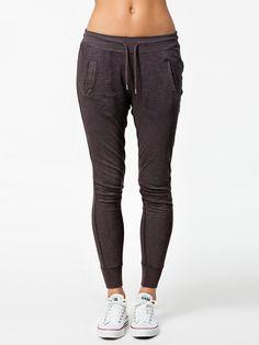 Picass Jersey Pants - Vila - Grau - Hosen & Shorts - Kleidung - Damen - Nelly.de Mode Online