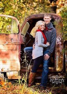 14 Best Fall Couple Pictures Images Fall Couple Pictures Photo