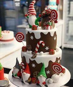 Christmas Themed Cake, Christmas Cupcakes Decoration, Christmas Cake Designs, Christmas Sweets, Noel Christmas, Christmas Baking, Simple Christmas, Fondant Christmas Cake, Christmas Ideas