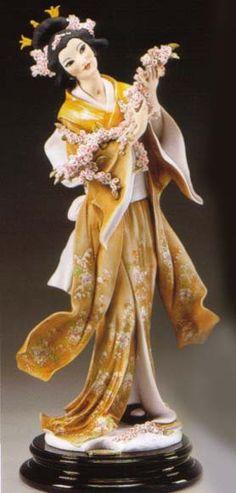 "J105-1533-CGIUSEPPE ARMANI FLORENCE FIGURINE-""Armani Madame Butterfly""-1533C"
