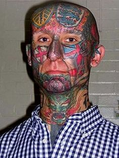 53 WTF Face Tattoos That Are a Sign Your Life Might Have Gone Wrong - The internet has generated a huge amount of laughs from cats and FAILS. Bad Face Tattoos, Facial Tattoos, Terrible Tattoos, Great Tattoos, Amazing Tattoos, Beckham, Misspelled Tattoos, Football Tattoo, Football Fans