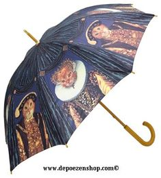 I've seen this Henry VIII cat umbrella in use on the street, and it was indeed awesome.