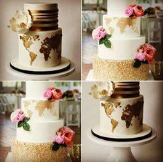 {#BoloDeCasamento} Dois modelos lindos de bolos para casais que amam viajar! ❤️✈️  www.quemcasaquerdicas.com