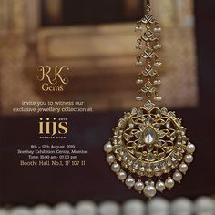 Tika Jewelry, Indian Jewelry Earrings, Jewelry Design Earrings, Gold Earrings Designs, Wedding Jewellery Designs, Antique Jewellery Designs, Indian Wedding Jewelry, Indian Bridal, Wedding Accessories