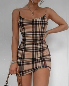 T/n tenía una vida tranquila hasta que se vá a Los Ángeles de viaje d… #fanfic # Fanfic # amreading # books # wattpad Trendy Summer Outfits, Summer Dresses For Women, Outfits For Teens, Girl Outfits, Cute Outfits, Fashion Outfits, Casual Dresses For Teens, Teenage Outfits, Amazing Outfits