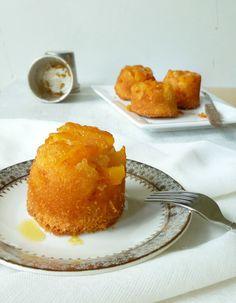 Het basisrecept voor cake. Van hieruit kun je naar hartenlust variëren zoals hier de mini cake met perzik. Heerlijk!