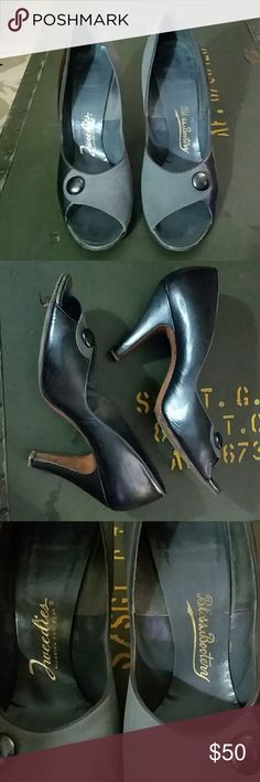 """Vintage 9 Bloss Bootery Tweed is Gray Black Heels Vintage Tweedies Bloss Bootery Size 9 Suede & Syn Monochromatic Gray & Black Pin Up 3"""" Heels Bloss Bootery Shoes Heels"""