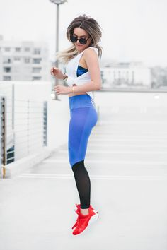 ::Wearing cute outfit always makes working out just a little, bit, easier. Let's be real, sometimes its hard to workout. This cute outfit makes working out more exciting::