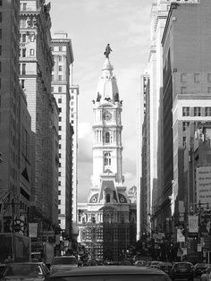 City Hall, Philadelphia (looking up Broad Street).