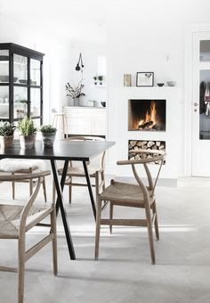 Scandinavian design is one of the most beautiful and elegant ways to decorate your home, and we absolutely love it. This is domino's ultimate guide to decorating your home with a Scandinavian design inspired interior. Scandinavian Fireplace, Scandinavian Interior Design, Scandinavian Furniture, Scandinavian Living, Decor Interior Design, Interior Decorating, Nordic Design, Eclectic Design, Interior Colors