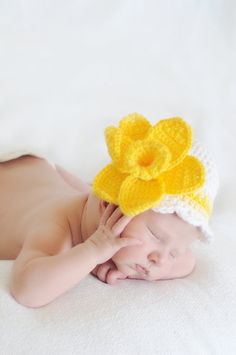 Crochet Girls Daffodil Flower Beanie Hat