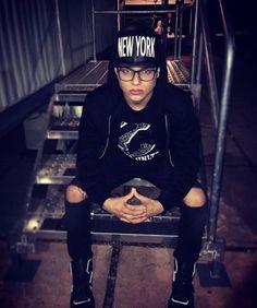 Brian la Banda 2 Bae, Hipster, Punk, Style, Ideas, Fashion, Bands, Swag, Moda