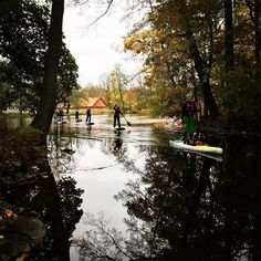 Leading the way @stromforsoutdoor SUP course for beginners. Its October and yet there is no sign of the end of paddling season! #theoutdoorfactory #sup #fanaticfinland #outdoorfinland