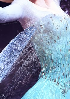 Else-Disney's Frozen-Fabric Suggestions??? - Cosplay.com THIS PAGE HAS ALL THE INFO!