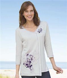 T-Shirt Mit Lavendelfarbenem Motiv #atlasformen #atlasforwomen #meinung