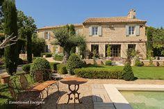 Clos Paradou, A prestige rental   Paradou, Provence, South of France.