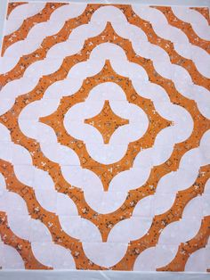 Tennessee drunkards path quilt top. Missouri Star method. Easy, fun and for my favorite TN fan.