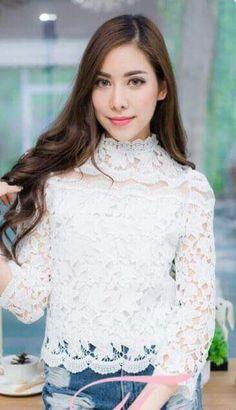 """เสื้อเสื้อลูกไม้สไตน์เกาหลี เสื้อลูกไม้แขน 5 ส่วน เสื้อลูกไม้วัยรุ่น เสื้อทำงาน  PRODUCT ID: TOP 363  Piece : 590 B.  ลายผ้า:ผ้าลูกไม้แต่งทรีทรู งานซีฟหลัง """"แบบและสีตามภาพ""""  *เสื้อผ้าไทย แบบน่ารักๆ งานปราณีตมาก  เรียบร้อย สวยงาม  เสื้อลูกไม้ สไตน์นางฟ้า  New Arrival For Blouse Lace With A Flower  เสื้อลูกไม้ แขน 5 ส่วน มาใหม่เรยค่ะ ลายสวยมาก เนื้อผ้าลูกไม้นำเข้าค่ะ ทอแน่นมากค่ะ เนื้อลูกไม้หนามากค่ะ เน้นลายเด่นมากๆ ใส่แร้วดู hiso มากค่ะ งานเกรดพรีเมี่ยมค่ะ คุณภาพสุดๆ สวยมาก…"""