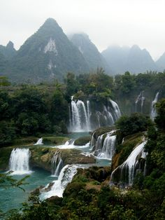 #Detian #Falls -- #China border     Jess Barnes