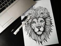 Posh_grey_lion_head_decorated_with_flower_wreath_tattoo_design.jpg (564×427)