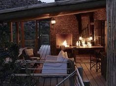 Karoo sunsets, gin 'n tonics and fireside...stoney cottage