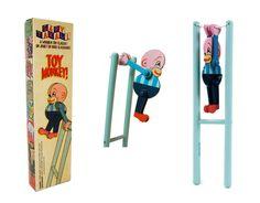 """""""Trapeze Monkey"""" Retro Wooden Toy"""