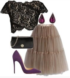 love this brown tulle skirt with this outfit http://rstyle.me/n/pnfeur9te
