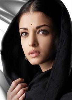 Aishwarya Rai  Indian celebrity with the most beautiful eyes in the world