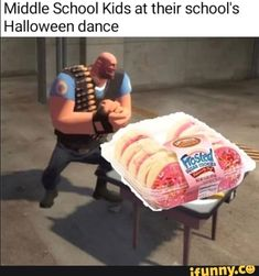 Middle School Kids at their school's Halloween dance - iFunny :) Funny School Memes, School Humor, Funny Memes, Hilarious, Funny Pics, School S, Middle School, Diamante Rosa Steven Universe, Tf2 Memes