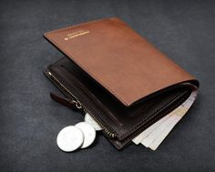 20-60% Off  WalletsnHandbags.com ,iPhone/iPad Cases,Wallets - Men Wallet Brown Harrm's Bifold Short Leather Zipper, $34.95 (https://www.walletsnhandbags.com/men-wallet-brown-harrms-bifold-short-leather-zipper/)