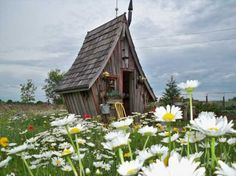 A craftsman's fairy tale cottages built with reclaimed materials