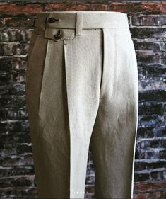 Mens Pleated Trousers, Men Trousers, Mens Dress Pants, Men Dress, Bespoke Clothing, Mens Clothing Styles, Mens Fashion Suits, Fashion Pants, Mens Fall Street Style