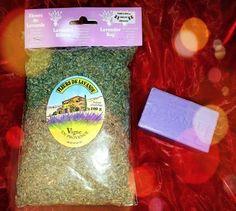 Zu gewinnen gibt es ein Beutel mit 100 g getrockneten Lavendel aus der Provence und Lavendel-Seife! http://karina72.blog.de/2014/06/24/provence-mon-amour-verlosung-18729404/
