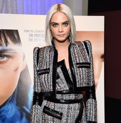 Cara's new hair & that outfit fit so well.