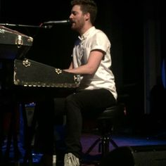 Jukebox the Ghost, Mainland & The Family Crest performed on Monday at Varsity Theater