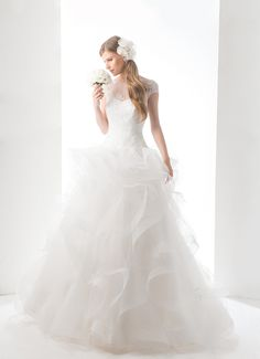Bridal dress D6702 by 2015 Delsa Couture collection