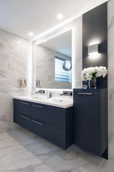 Useful Walk-in Shower Design Ideas For Smaller Bathrooms – Home Dcorz Budget Bathroom, Master Bathroom, Bathroom Ideas, Minimal Bathroom, Shower Bathroom, Vanity Bathroom, Bathroom Designs, Bathroom Organization, Bathroom Interior Design