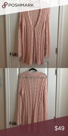 Free people cardigan Free people cardigan worn once Free People Sweaters Cardigans