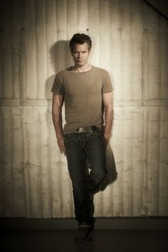 Oh No They Didn't! - Timothy Olyphant Photo Shoot